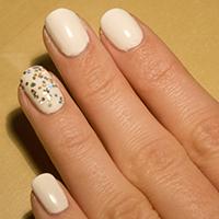 Manucure : Blanc festif